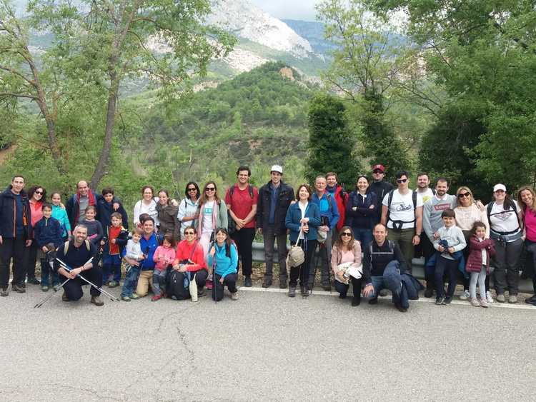 - On the road of Les Masies de Nargó, at the start of the excursion to Fenollet