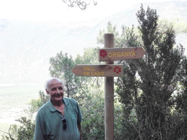 - Paco Penella with one of the vertical signaling posts
